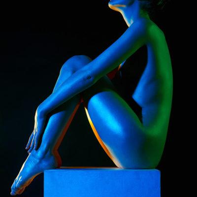 woman-dark